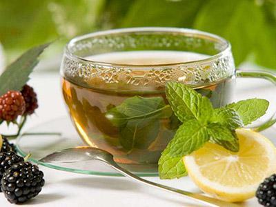 دمنوش بادرنجبویه چای سبز خواب آور طبیعی
