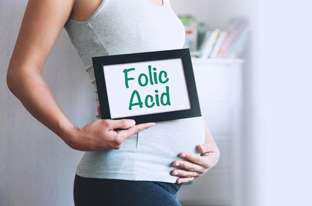 ضرورت مصرف مکمل فولیک اسید در زنان