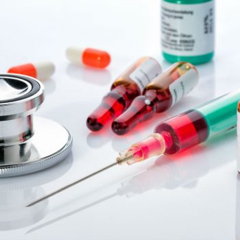 عوارض مکمل ویتامین ب۱۲