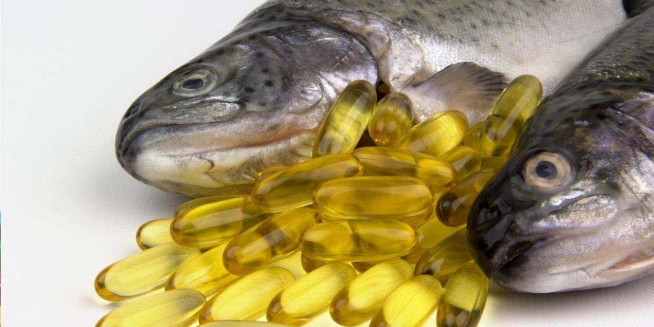 مکمل روغن ماهی و خشکی پوست