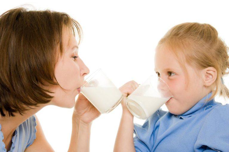 چرا مصرف لبنیات به صورت روزانه توصیه می شود ؟