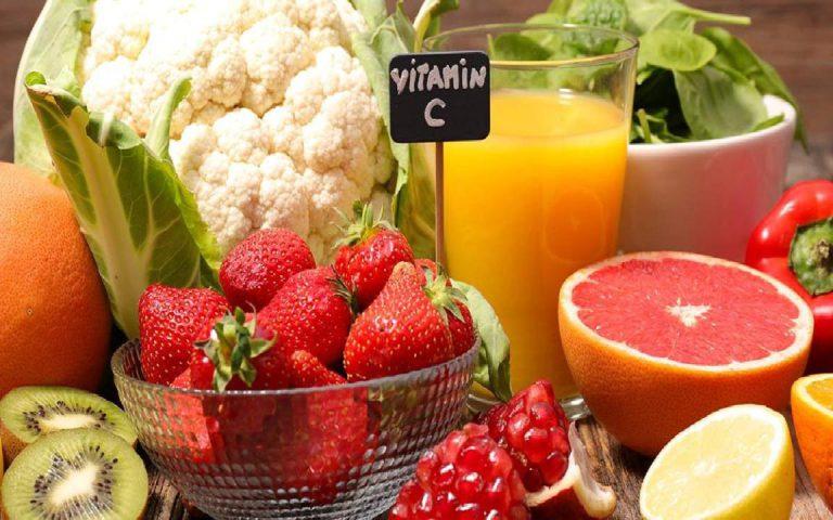 ویتامین C در پیشگیری و درمان جوش صورت موثر است